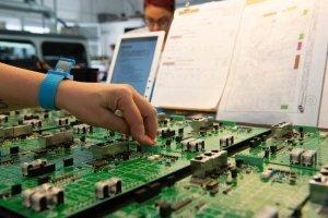 Montaggio schede elettroniche 3-Picotek Mirandola